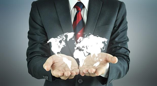 Как устроиться в крупную международную компанию и не стать рабом